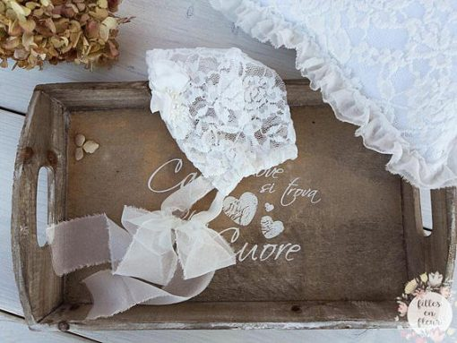 white lace bonnet